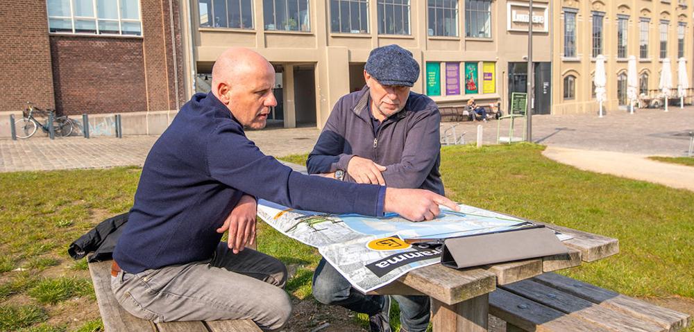 Maastricht buiten mannen overleg 1000