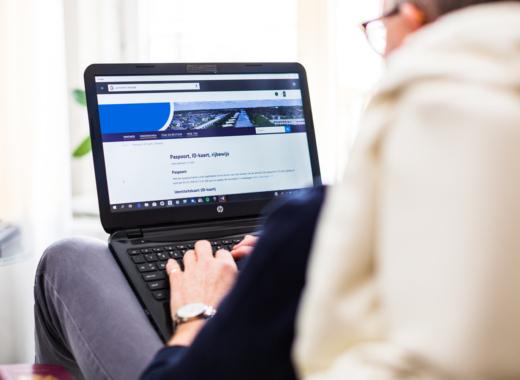 Thuis aan het werk achter je laptop?