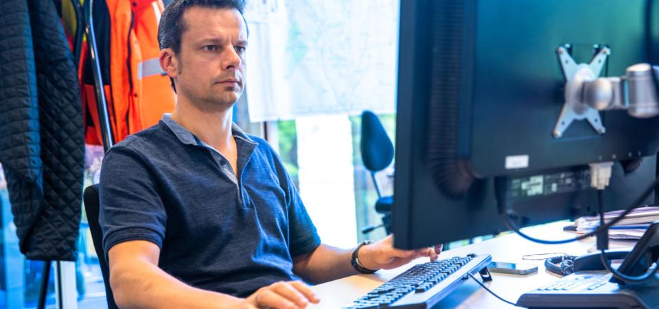'Al pratend komen medewerkers vaak zelf met oplossingen'